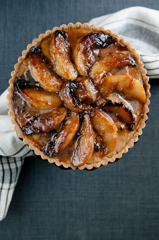 a round of fruit – dulce pear tart