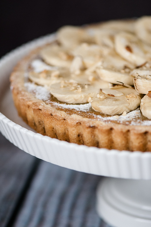 tart_banana_almond_main_2
