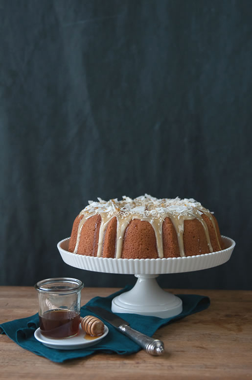 parks & recreation – coconut cake w honey coconut glaze