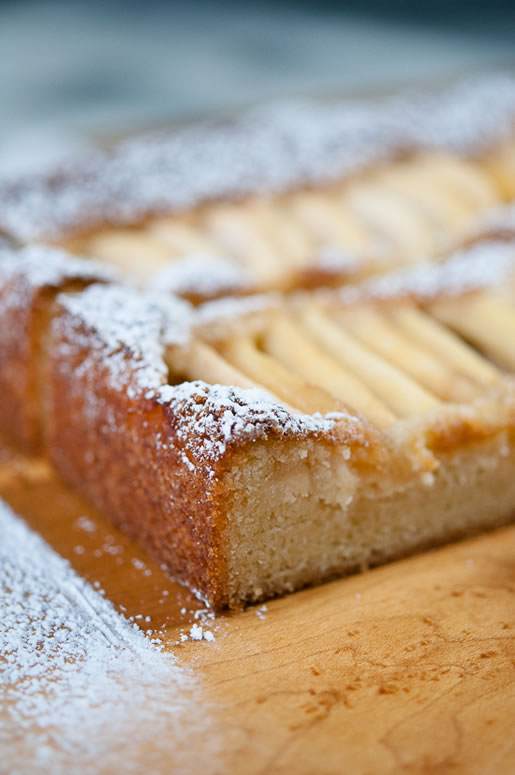 cake_apple_almond_main_3