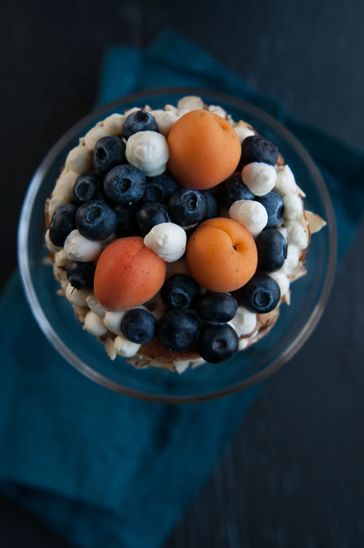 cake_blueberry_apricot_main_1